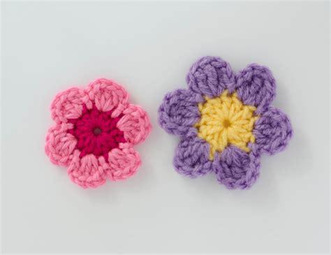 free crochet flower pattern uk easy crochet flower pattern crochet 365 knit too