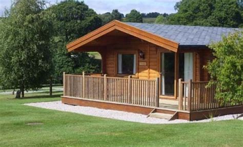 log cabin accommodation exeter country