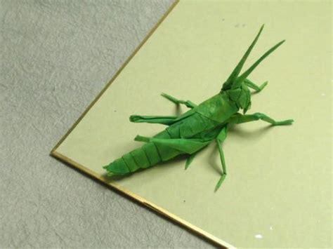 Origami Insects 2 - artista faz insetos real 237 sticos apenas uma folha de papel