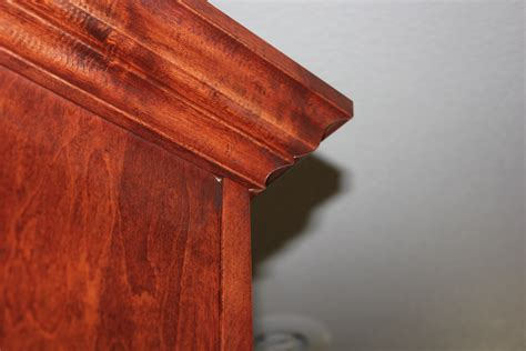 cutting crown molding angles for cabinets cabinet crown molding a do it yourselfers thoughts