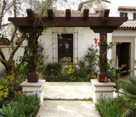 Spanish Courtyard House Plans Design Your Entrance Pergola For Colourful Welcome
