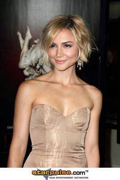 samaire armstrong short hair samaire armstrong nude dress celebrities pinterest