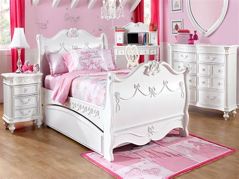 rooms to go princess bed rooms to go girls disney princess white pc twin sleigh