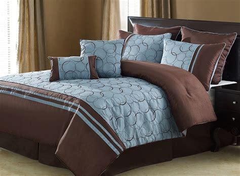 King Comforter Sets Groupon by Daylan Eight Comforter Set King