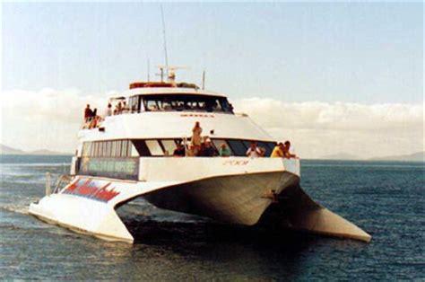 quicksilver boat port douglas the great barrier reef