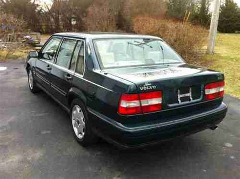 1997 volvo 960 repair manual free 1997 volvo 960 owners manual fuses volvo 960 basic service manual 1997 volvo 960 power sunroof manual operation 1997 volvo 960 base 4dr std