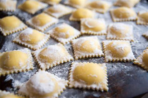 corsi di cucina como corso di cucina impara la pasta fresca lake como