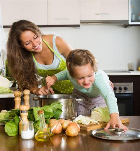 mamma cucina in cucina con mamma donnad