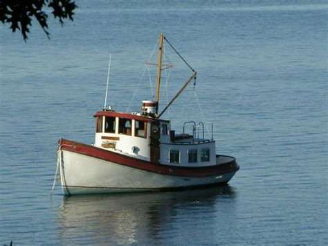 tug boats for sale best 25 tug boats for sale ideas on pinterest