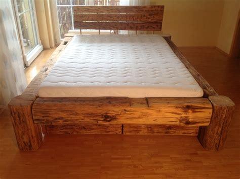 Bett Selber Bauen Kreativ 2576 by Betten Balkenbett Aus Altem Holz Mit Bettk 228 Sten Ein