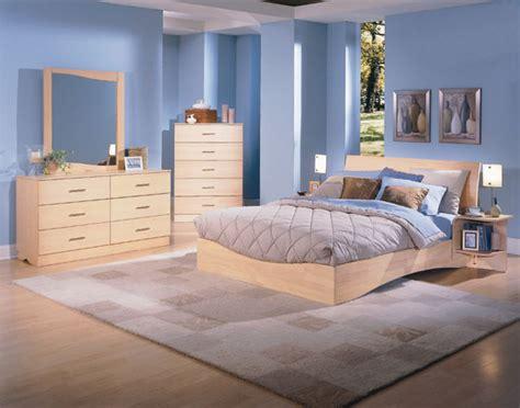 decorar  pintar dormitorios  muebles de madera de color claro mil ideas de decoracion