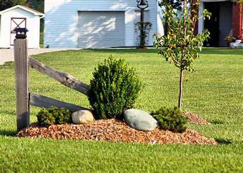 Driveway Gardens Ideas Simple Landscaping Neat Furniture