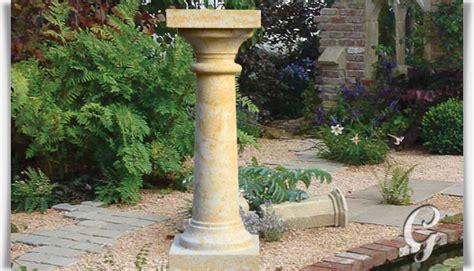sockel kaufen deko steins 228 ule f 252 r den garten doria gartentraum de