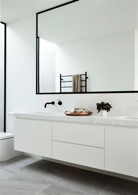 White Vanity Mirror For Bathroom by 25 Best Ideas About White Mirror On White