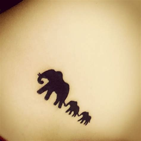 tattoo elephant family the 25 best ideas about elephant family tattoo on