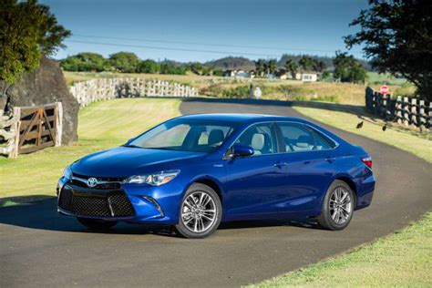 01 Toyota Camry Autoreviewers 2015 Toyota Camry Hybrid Auto Reviewers