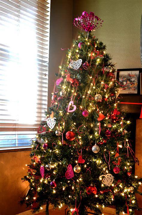 polkadots on parade go mama monday valentine tree