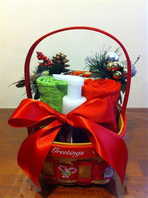 christmas raffle prizes ideas gift basket basket raffle ideas we baskets and merry
