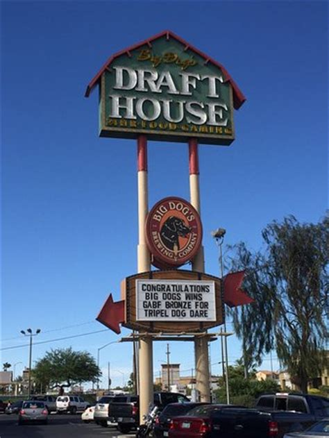 draft house draft house front 2 picture of big dog s draft house las vegas tripadvisor
