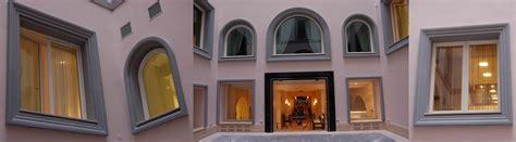 cornici finestre cornici per finestre esterne eleni decor