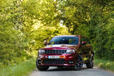 How Heavy Is A Jeep Grand Jeep Grand Gt Essai Jeep Grand 2017 Srt8 Heavy