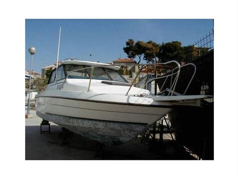 bayliner boats for sale croatia bayliner thropy in croatia speedboats used 25697 inautia