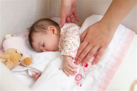 When To Put Baby In Crib Mystery Of Sudden Infant Sids May Finally Been Solved New York S Pix11