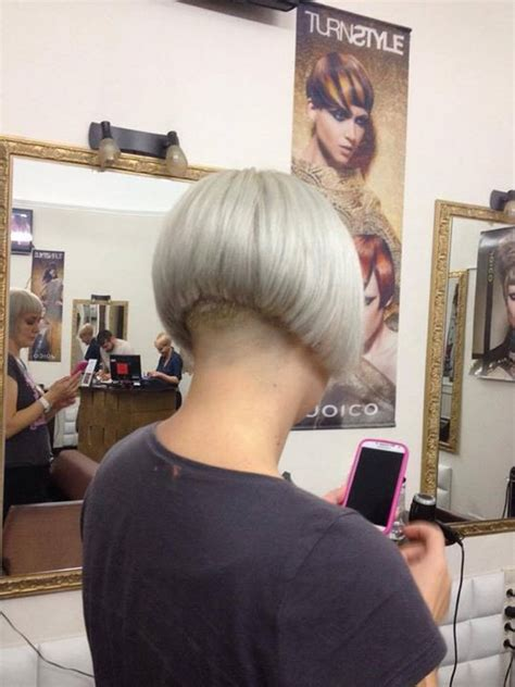 staked nape bobs 42 best nape shaved images on pinterest bob hair cuts