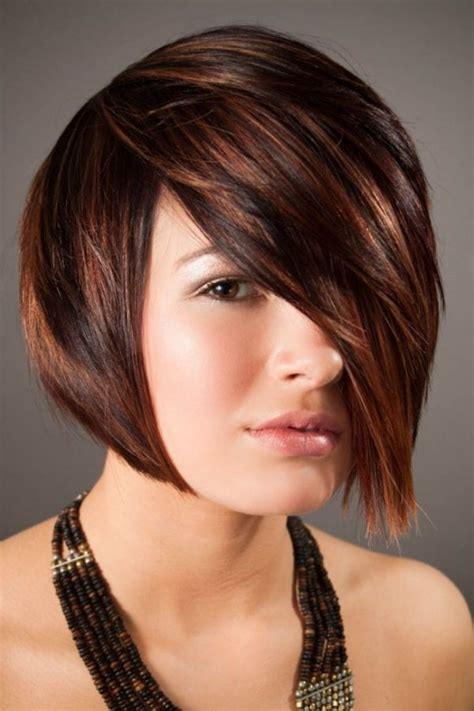 short hair cuts with dark brown color with carmel highlights coolest hair highlights for short haircuts 2017 best