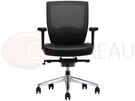 acheter un fauteuil 17 best ideas about fauteuil design pas cher on chaises rembourr 233 es conception de