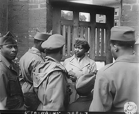 african americans in world war ii wacs women of world war ii photos of army wacs