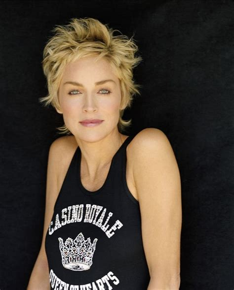 sharon stone new haircut 2014 25 best ideas about coiffure sharon stone on pinterest