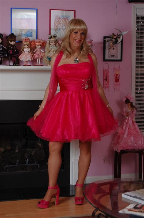 prom dresses for transvestites 191 best images about the ladies in red on pinterest