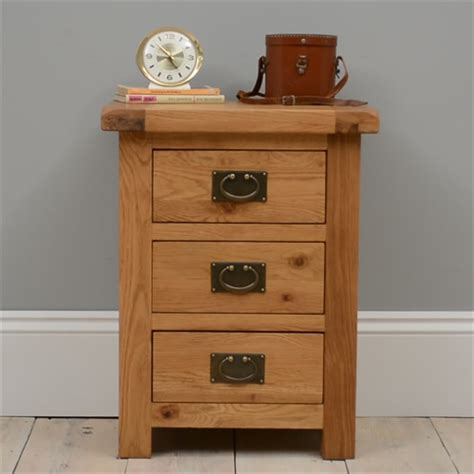 Lyon Oak Bedroom Furniture Lyon Oak Wide 3 Drawer Bedside Cabinet L418 With Free Delivery The Cotswold Company G2154