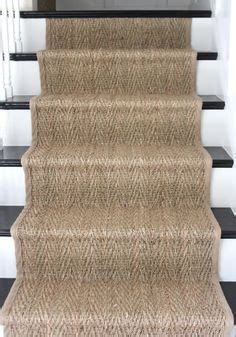 Saveiah Rugs Classic Chevron Herringbone Pattern Made Of Wool Jute