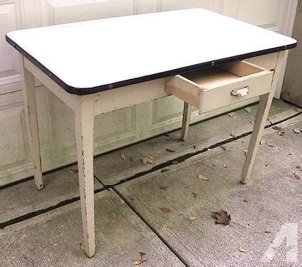 Vintage Enamel Kitchen Table Vintage 1930 S Enamel Top Hoosier Kitchen Table Wht W Blk Trim For Sale In Concord Ohio