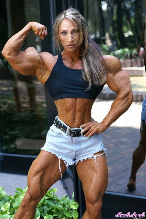 klaudia larson bicep peaks pictures klaudia s biceps by cribinbic on deviantart
