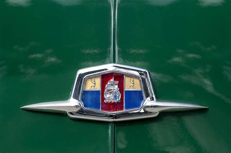 plymouth emblem 1951 plymouth suburban emblem by reger