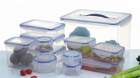 plastic container foods in plastic container