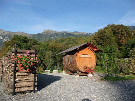 Hebergement Insolite Haute Savoie 1566 by Domaine Du Grand Cellier H 233 Bergement Insolite En Savoie