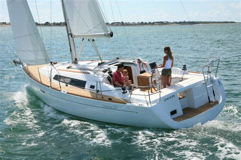 miami boat show beneteau strictly sail miami 2012 pictures murray yacht sales