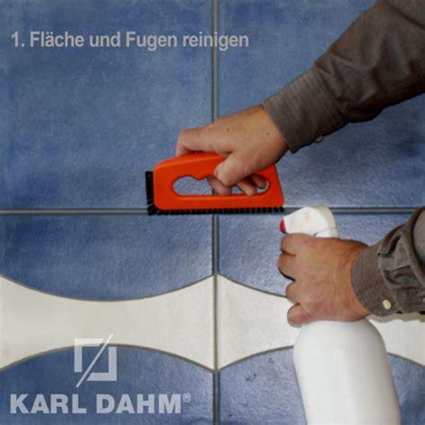 Badfliesen Fugen Erneuern by Fugen Faerben Fugen Erneuern Mit Fugenfarbe
