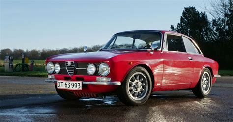 Alfa Romeo 1750 Gtv by This 1969 Alfa Romeo 1750 Gtv Is No Use In Treating My