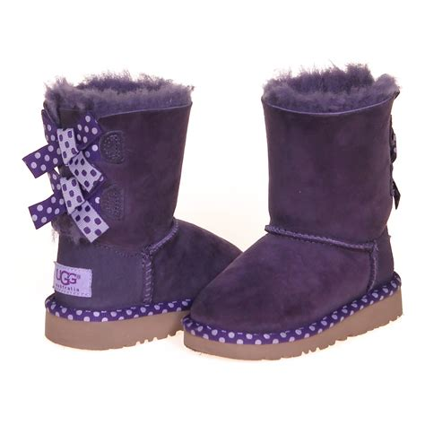 trendy boots for ugg trendy boots consignment