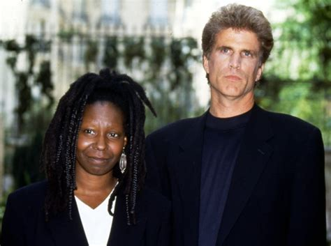whoopi goldberg boyfriend 2015 who is whoopi goldberg married to husband current partner