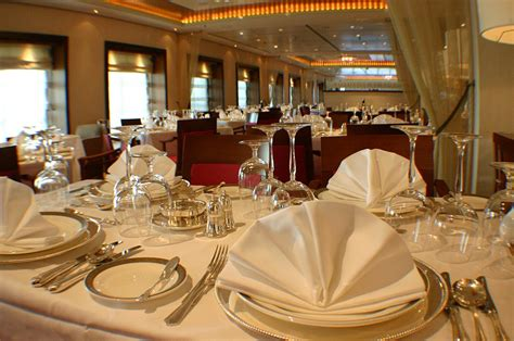 Formal Table Setting top 10 rules for fine dining listverse