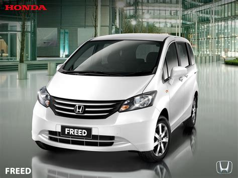 Tv Mobil Honda Freed honda freed bali rent car esia car rental