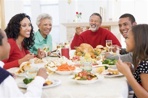 Family Dinner Table by Tips For Better Family Communication Safe Smart Social