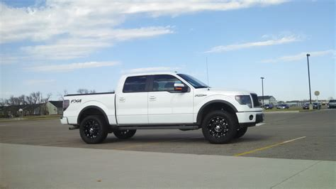 ford leveling kits what s the best leveling kit for 2014 limited ford f150