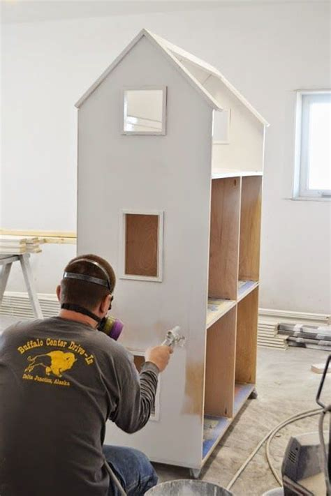 how to make a big doll house 25 best ideas about doll house plans on pinterest diy